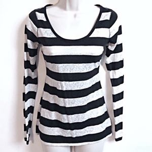 Express striped scoop neck long sleeve top small